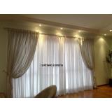 cortinas com ilhós