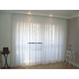 cortina embutida em sanca de gesso feito sob medida Sumaré