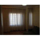 lavagem de cortinas grandes